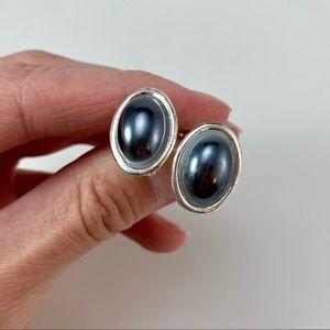 Jewelry - Screw Back Studs